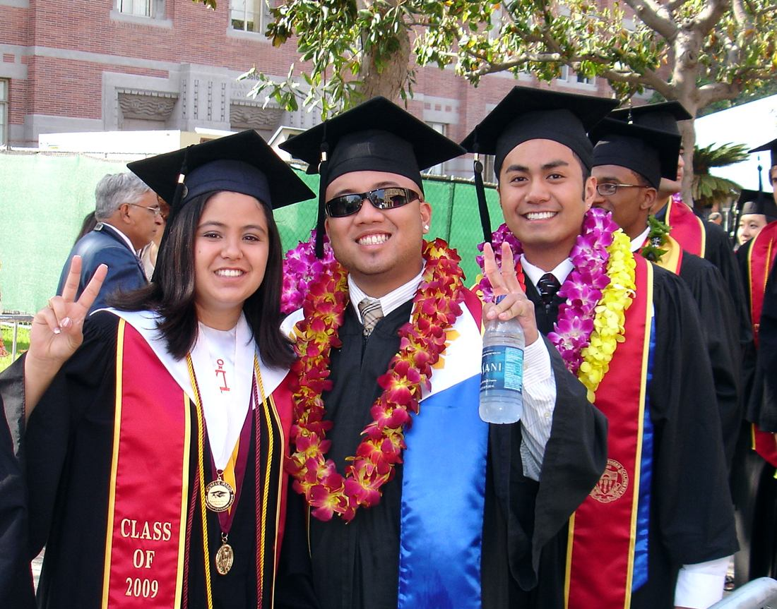usc graduate school thesis editor The usc viterbi school of engineering's distance education network, or den@viterbi, is one of the top-ranked online graduate engineering programs in the nation, offering 40+ graduate programs.